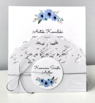 Zaproszenie na Pierwszą Komunię Świętą niebieskie kwiaty - 0